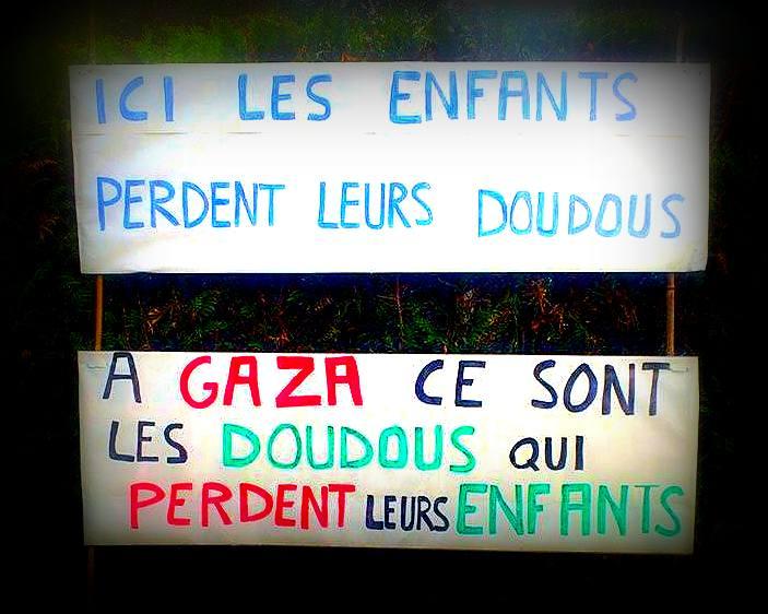 Ici les enfants perdent leurs doudous, à Gaza ce sont les doudous qui perdent leurs enfants !