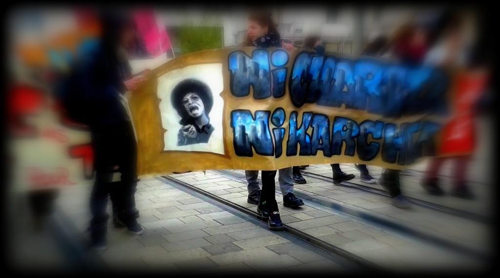 21 mars 2015 banderole Ni Charter Ni Karcher