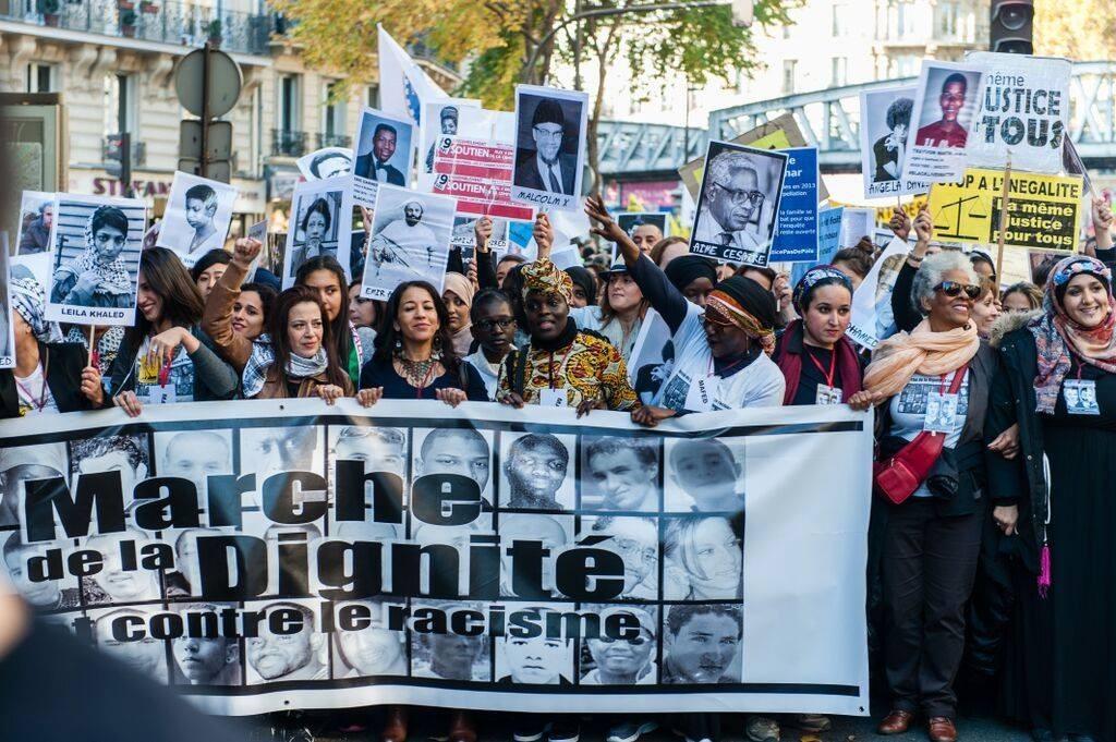 Photo Marche Dignité Banderole de tête (MAFED)
